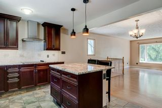 Photo 16: 6131 Lacombe Way SW in Calgary: Lakeview Detached for sale : MLS®# A1129548