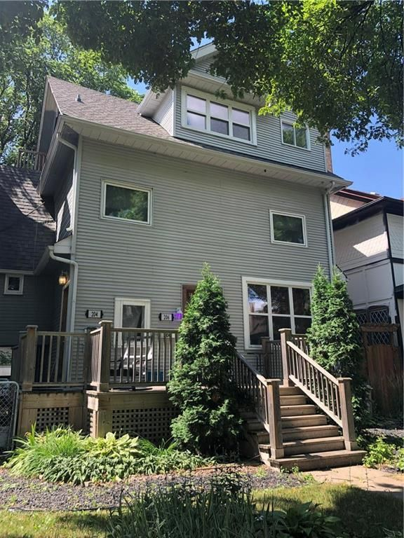 Welcome to 204 Ruby Street! Nestled among mature trees in the heart of Wolseley. Walking distance to all things Wolseley and also to portage avenue for shopping.