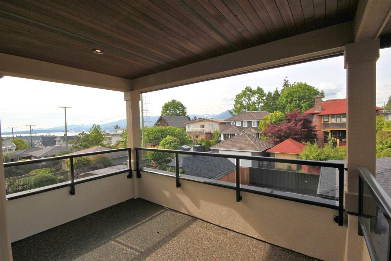 Photo 14: Photos: 3771 OXFORD STREET in Burnaby: Vancouver Heights House for sale (Burnaby North)