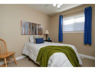 "Photo 17: 16628 60 Avenue in Surrey: Cloverdale BC Condo for sale in ""Concerto"" (Cloverdale)  : MLS®# R2344947"