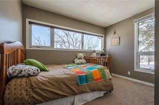 Photo 18: 75 SUMMERWOOD Road SE: Airdrie House for sale : MLS®# C4174518