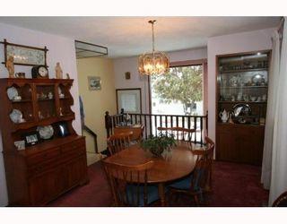 Photo 4: 7507 HUNTRIDGE Crescent NE in CALGARY: Huntington Hills Residential Detached Single Family for sale (Calgary)  : MLS®# C3398976