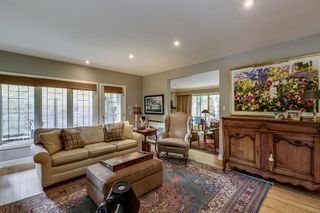 Photo 8: 2207 Amherst Street SW in Calgary: Upper Mount Royal Detached for sale : MLS®# A1121394