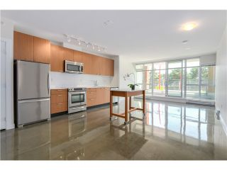 """Photo 7: 217 221 UNION Street in Vancouver: Mount Pleasant VE Condo for sale in """"V6A"""" (Vancouver East)  : MLS®# V1073041"""