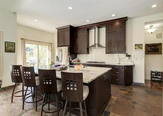 Photo 4: 231 Shawnee Gardens SW in Calgary: Shawnee Slopes Detached for sale : MLS®# A1114350