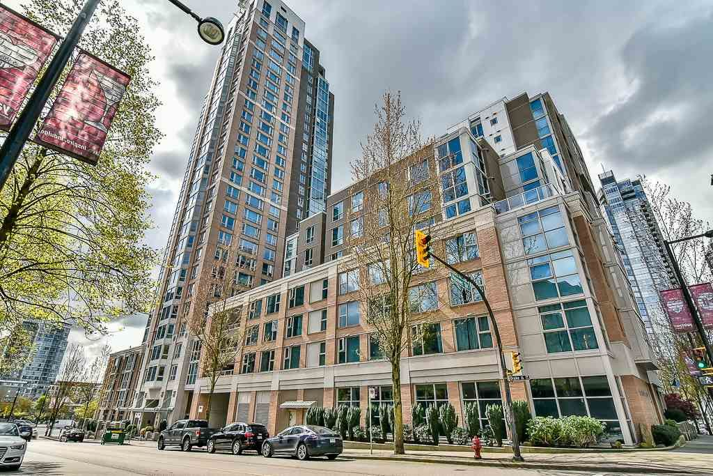 "Main Photo: 1106 388 DRAKE Street in Vancouver: Yaletown Condo for sale in ""GOVERNOR'S TOWER"" (Vancouver West)  : MLS®# R2162040"
