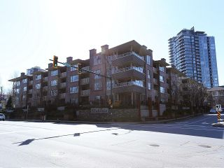 Photo 10: # 130 801 KLAHANIE DR in Port Moody: Port Moody Centre Condo for sale : MLS®# V999540