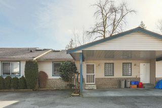 "Photo 1: 27 11464 FISHER Street in Maple Ridge: East Central Townhouse for sale in ""SOUTHWOOD HEIGHTS"" : MLS®# R2543995"