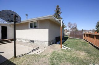 Photo 34: 165 Rink Avenue in Regina: Walsh Acres Residential for sale : MLS®# SK852632
