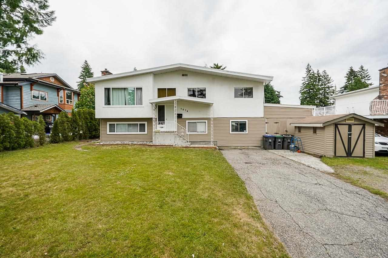 """Main Photo: 5874 123A Street in Surrey: Panorama Ridge House for sale in """"BOUNDARY PARK"""" : MLS®# R2591768"""