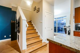 Photo 12: Listing provided by RE/MAX Crest Realty and Sutton Centre Realty