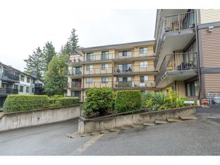 """Photo 2: 401 32110 TIMS Avenue in Abbotsford: Abbotsford West Condo for sale in """"Bristol Court"""" : MLS®# R2612152"""