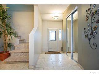 Photo 3: 381 Kingsbury Avenue in Winnipeg: West Kildonan Residential for sale (4D)  : MLS®# 1627629