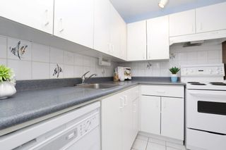 Photo 14: 406 120 E 4TH Street in North Vancouver: Lower Lonsdale Condo for sale : MLS®# R2190577