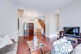 Photo 5: 249 23 Observatory Lane in Richmond Hill: Observatory Condo for sale : MLS®# N4886602