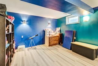 Photo 19: 2015 40 Street SE in Calgary: Forest Lawn Semi Detached for sale : MLS®# A1068609