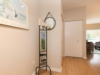 Photo 17: 104 785 Tyee Rd in : VW Victoria West Condo for sale (Victoria West)  : MLS®# 871798
