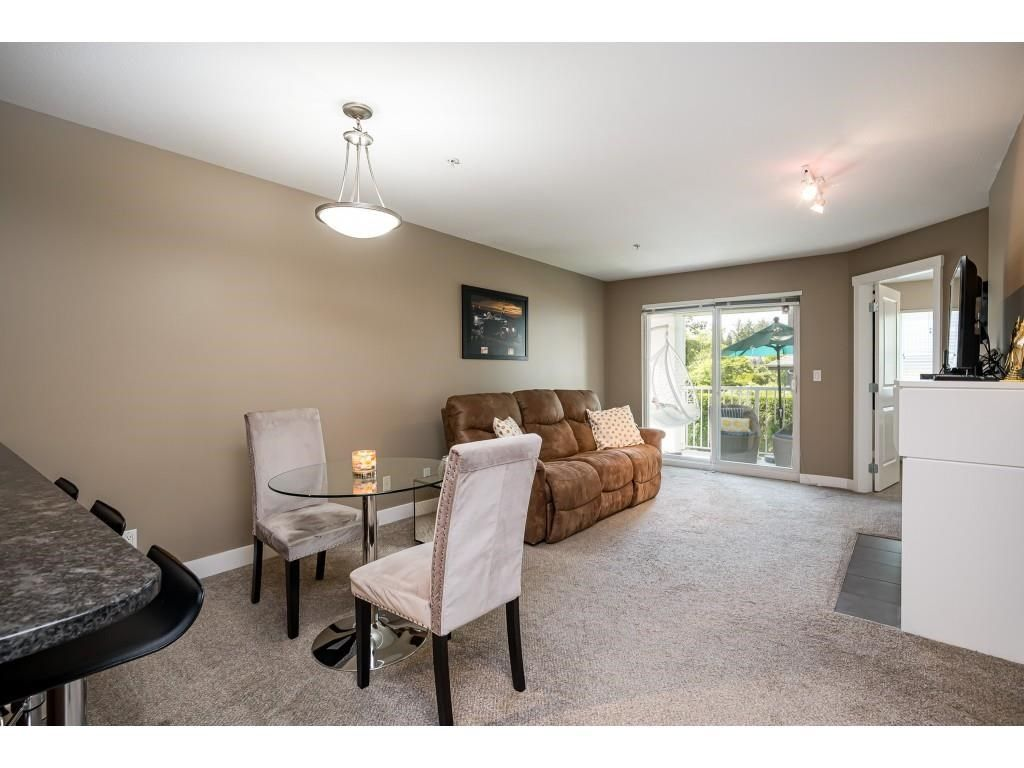 """Photo 10: Photos: 204 19366 65 Avenue in Surrey: Clayton Condo for sale in """"LIBERTY AT SOUTHLANDS"""" (Cloverdale)  : MLS®# R2591315"""