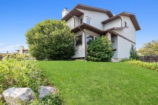 Main Photo: 204 Bedfield Court in Calgary: Beddington Heights Detached for sale : MLS®# A1128892