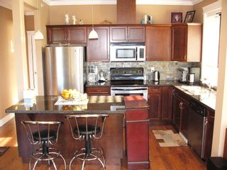 """Photo 4: 409 33338 Mayfair in Abbotsford: Condo for sale in """"The Sterling on Mayfair"""""""
