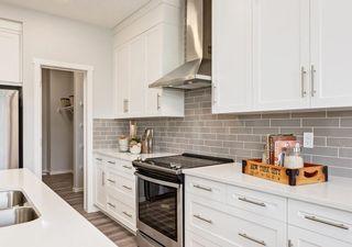 Photo 3: 1330 156 Street in Edmonton: Zone 56 House for sale : MLS®# E4259273