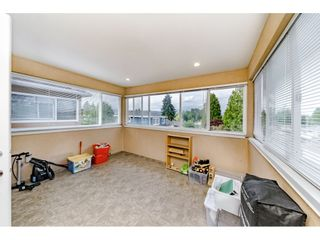 Photo 15: 7522 1ST Street in Burnaby: East Burnaby 1/2 Duplex for sale (Burnaby East)  : MLS®# R2381527