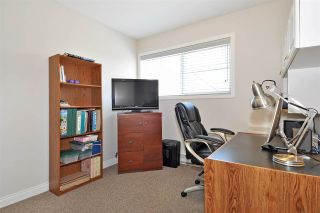 """Photo 17: 4 758 RIVERSIDE Drive in Port Coquitlam: Riverwood Townhouse for sale in """"Riverlane Estates"""" : MLS®# R2397277"""