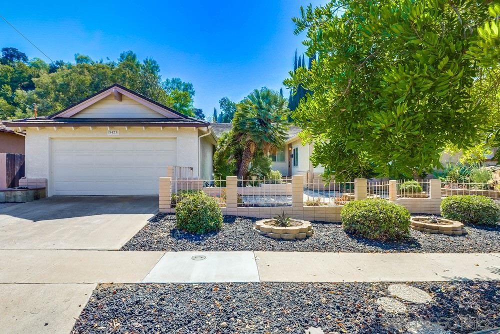 Main Photo: SAN DIEGO House for sale : 4 bedrooms : 5423 Maisel Way