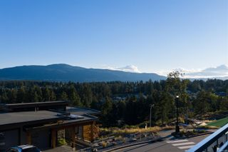 Photo 7: 128 Amphion Terr in : Na Departure Bay House for sale (Nanaimo)  : MLS®# 862787