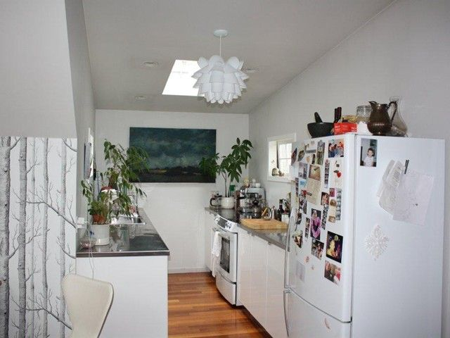 Photo 4: Photos: 2128 E PENDER Street in Vancouver: Hastings Fourplex for sale (Vancouver East)  : MLS®# V1056738