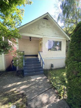 Photo 1: 1540 E. 3RD AVENUE in Vancouver: Grandview Woodland VE House for sale (Vancouver East)  : MLS®# R2461075
