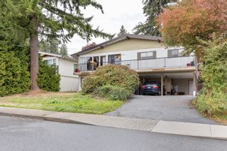 Photo 2: 685 MACINTOSH Street in Coquitlam: Central Coquitlam House for sale : MLS®# R2623113