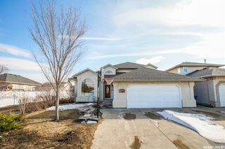 Photo 1: 601 MURRAY Crescent in Warman: Residential for sale : MLS®# SK847535