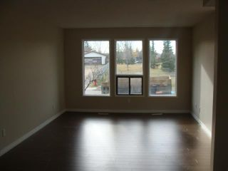 Photo 3: 44 TEMPLEBY Way NE in CALGARY: Temple Residential Detached Single Family for sale (Calgary)  : MLS®# C3449965