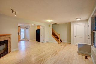 Photo 3: 2417 53 Avenue SW in Calgary: North Glenmore Park Semi Detached for sale : MLS®# C4299772