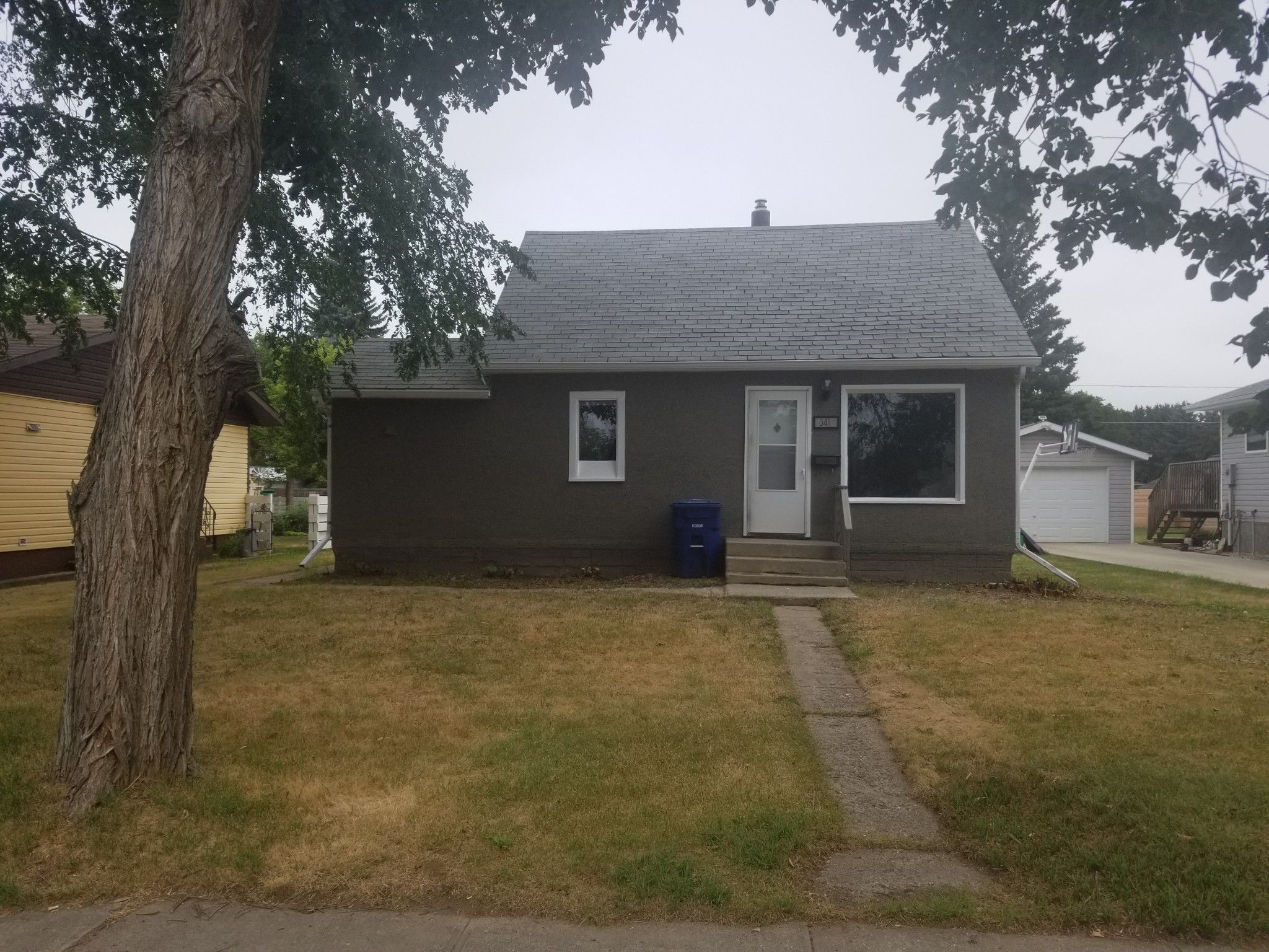 Main Photo: 341 2nd Avenue West in Unity: Detached Dwelling for rent