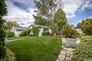 Photo 33: 133 Lloyd Crescent in Saskatoon: Pacific Heights Residential for sale : MLS®# SK869873