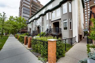 Photo 1: 104 1014 14 Avenue SW in Calgary: Beltline Row/Townhouse for sale : MLS®# A1118419