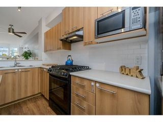 Photo 7: 64 100 KLAHANIE Drive in Port Moody: Port Moody Centre Townhouse for sale : MLS®# R2197843