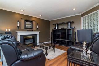 Photo 7: 6459 184 Street in Surrey: Cloverdale BC House for sale (Cloverdale)  : MLS®# R2106667