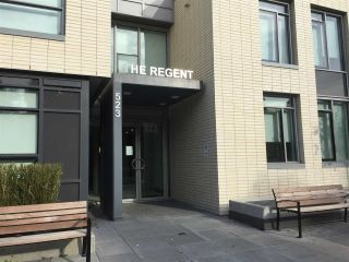 """Photo 2: 406 523 W KING EDWARD Avenue in Vancouver: Cambie Condo for sale in """"The Regent"""" (Vancouver West)  : MLS®# R2418628"""