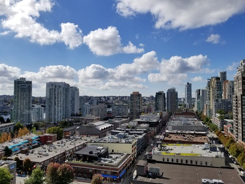 Main Photo: 1710 928 Homer Street in Yaletown Park 1: Yaletown Home for sale ()