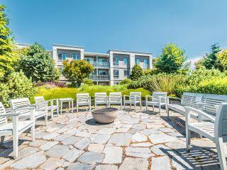 """Photo 38: 13 15850 26 Avenue in Surrey: Grandview Surrey Condo for sale in """"SUMMIT HOUSE - MORGAN CROSSING"""" (South Surrey White Rock)  : MLS®# R2602091"""