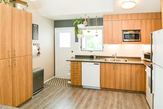 Photo 11: 199 Leahcrest Crescent in Winnipeg: Maples Residential for sale (4H)  : MLS®# 202114158