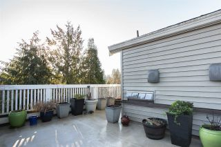 "Photo 15: 13 1073 LYNN VALLEY Road in North Vancouver: Lynn Valley Townhouse for sale in ""River Rock 2"" : MLS®# R2333069"
