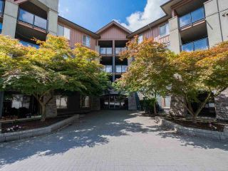 Photo 1: 2319 244 SHERBROOKE Street in New Westminster: Sapperton Condo for sale : MLS®# R2467926