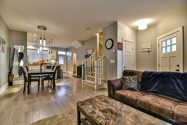 Photo 5: Photos: 23 12161 237 STREET in Maple Ridge: East Central Townhouse for sale : MLS®# R2043751
