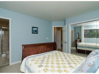 Photo 13: 14306 16A AV in Surrey: Sunnyside Park Surrey House for sale (South Surrey White Rock)  : MLS®# F1420330