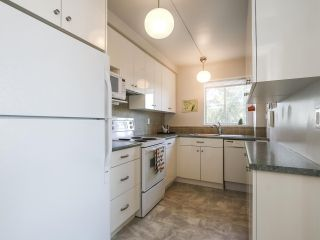 """Photo 9: 601 6076 TISDALL Street in Vancouver: Oakridge VW Condo for sale in """"Mansion House Co Op"""" (Vancouver West)  : MLS®# R2356537"""