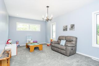 Photo 13: 39 Donald Road East in St Andrews: R13 Residential for sale : MLS®# 202104323